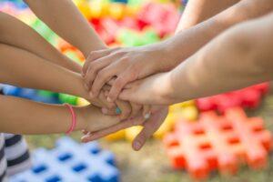 Czy można organizować półkolonie na feriach 2021?