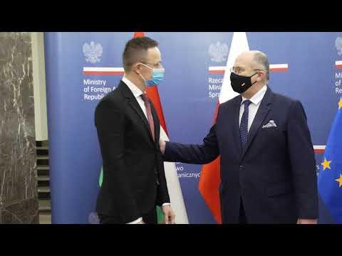 Wizyta w Warszawie ministra spraw zagranicznych i handlu Węgier Pétera Szijjártó